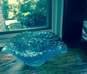 Glass bowl, manufactured by Westmoreland Glass Company, Pennsylvania, 1940s.